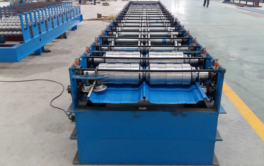 Standing Seam Roof Panel Roll Forming Machine (YX51-420-820)